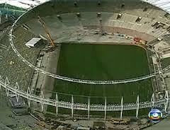 Primeira Copa do Mundo sem laterais esquerdos promete entrar para a história.