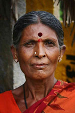 A prática da injeção na testa, por ser de graça, é popular em países pobres, como a Índia.