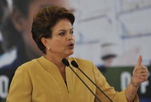 Em seu pronunciamento sobre a redução dos ministérios, Dilma auxilia os jornalistas na contagem dos ministérios atuais.
